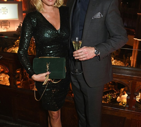 Denise van Outen in Lola