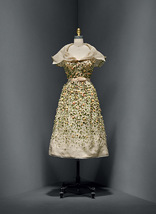 "Christian Dior (French, 1905–1957) ""Vilmiron"" dress, spring/summer 1952 haute couture French Silk, nylon The Metropolitan Museum of Art, New York, Gift of Mrs. Byron C. Foy, 1955 (C.I.55.76.20a–g) Photo © Nicholas Alan Cope"